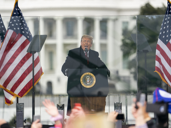 Может ли глава Белого дома оказаться в тюрьме в ближайшее время