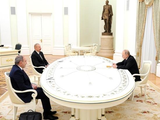 На протокольной части встречи главы Армении и Азербайджана были лаконичны