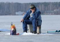 Толщину льда на 62 водоемах Подмосковья измерили работники Мособлпожспаса совместно с сотрудниками Госинспекции по маломерным судам