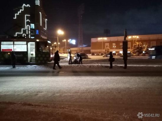 В Кемерове трамвай сбил женщину на пешеходном переходе