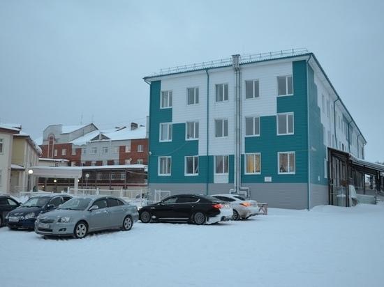 Больница Тарко-Сале возобновила оказание плановой медпомощи