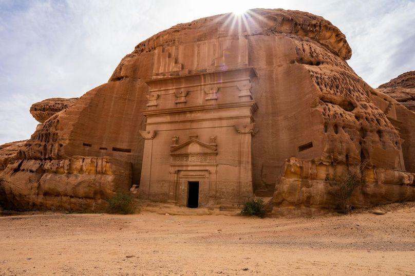 Саудовская Аравия открыла для туристов город, скрытый от глаз 2000 лет
