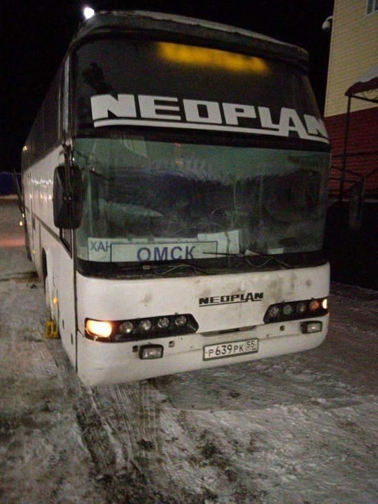 Автобус «Нефтеюганск-Омск» сломался на трассе
