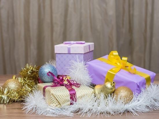 В Муравленко продлили выдачу новогодних подарков детям