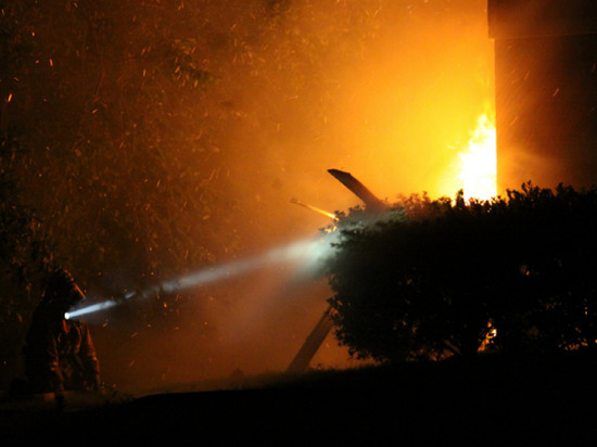 Женщина с ребенком погибли при пожаре в Невском районе