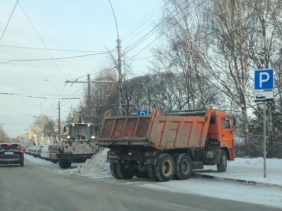 С начала первой в этом году рабочей недели на улицы города выпущено 39 машин
