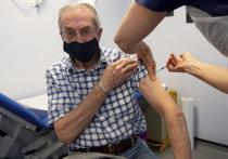 Уже месяц население Великобритании прививают одобренной правительством вакциной Pfizer-BioNTech