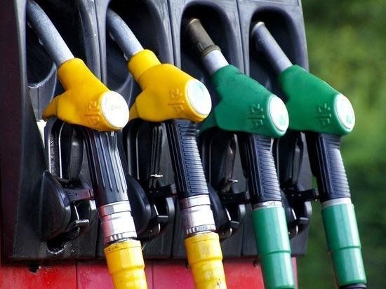 В Омске дорожает бензин