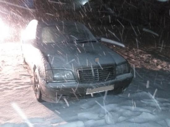 Пьяный родственник напал на водителя легковушки и угнал машину в Тверской области