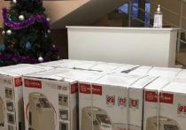 Больница Харпа получила 8 кислородных концентраторов от челябинского предприятия