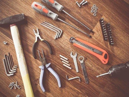 В Кузбассе полицейские поймали похитителя строительного инструмента