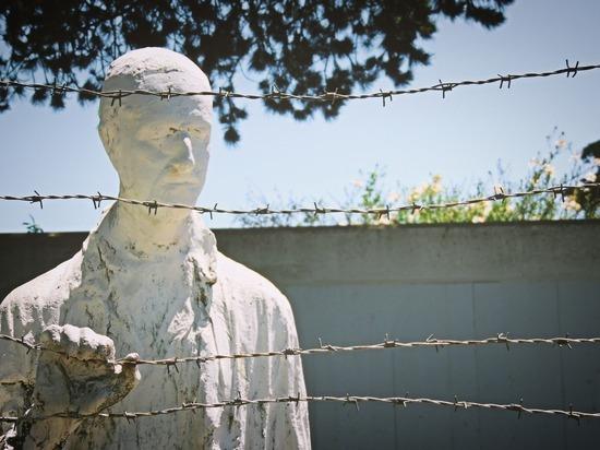 Памяти жертв Холокоста: «...чтобы помнили, не допуская повторения подобного»