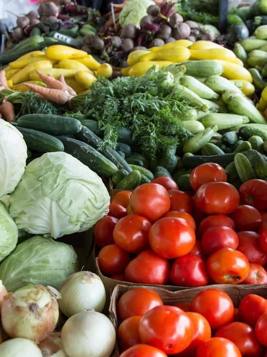 Новые торговые ряды намерены построить на псковском рынке «Нива»