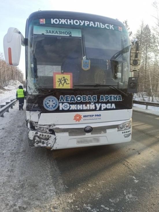 Челябинских полицейских, которые спасли детей при ДТП, наградят