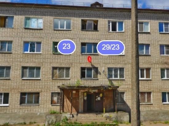 Жильцы бывшего псковского общежития месяц не могут справить нужду