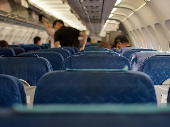 Самолёт с трещиной в лобовом стекле летел из Дубая