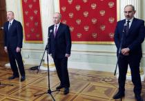 По итогам переговоров по Карабаху в Москве Путин, Алиев и Пашинян подписали заявление о налаживании транспортных и экономических связей в закавказском регионе