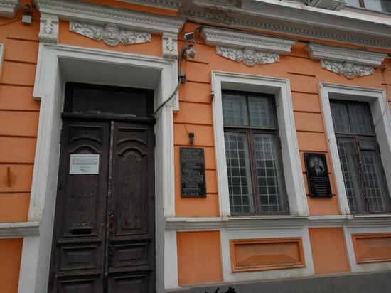 Наследство Домбровского: из-за чего поссорились писатели