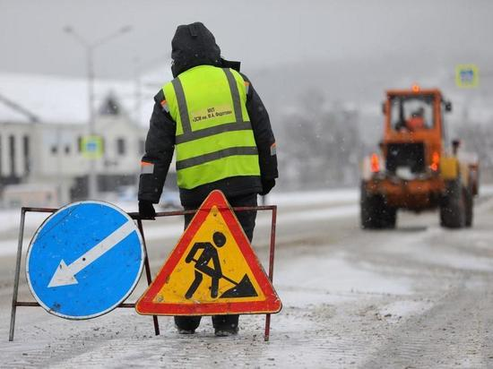 В Южно-Сахалинске расчистили дороги от снега