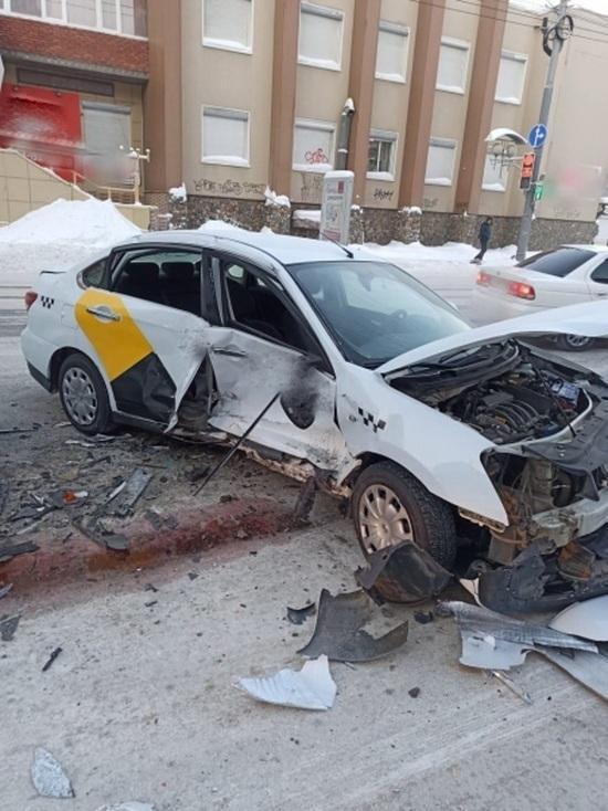 Тройная авария произошла утром во вторник в Томске