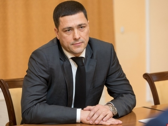 Михаил Ведерников поздравил журналистов с Днем печати