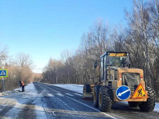 В Хабаровском крае следят за тем, как чистят дороги