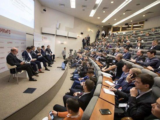 Айсен Николаев поучаствует в работе Гайдаровского форума