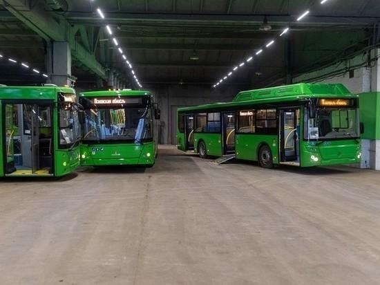 Свыше 50 новых автобусов вышли на линии в Псковской области