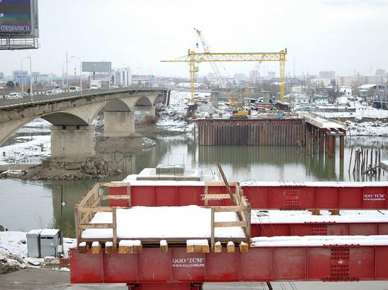 Первая очередь строительства Яблоновского моста завершена