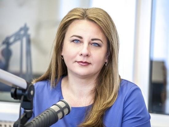 Елена Полонская пожелала псковским журналистам высоких рейтингов