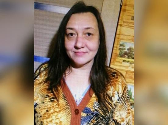 Пропавшую 48-летнюю женщину ищут в Ростовской области