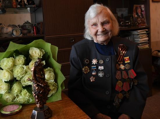 Игорь Руденя поздравил с днем рождения ветерана войны из Твери