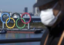 Число случаев заражения коронавирусом в Японии бьет рекорды, и во многих регионах снова объявлены строгие ограничения. На фоне этого опять возникли сомнения о целесообразности проведения Олимпиады в Токио. Глава оргкомитета Игр Ёсиро Мори заявил, что возможностей для очередного переноса нет. Хотя на этом настаивали бы, судя по опросам, почти 45% японцев, а еще 35% выступают за их полную отмену. «МК-Спорт» о том, что проблемы у этих Олимпийских игр будут в любом случае.