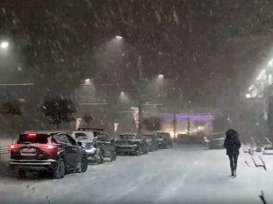 Брянск завалило снегом под Старый Новый год