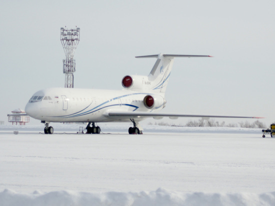 18-летний пассажир рейса Москва – Кемерово закурил на борту самолёта