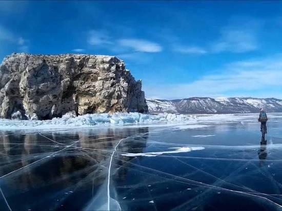 Омичи едва не утонули на Байкале