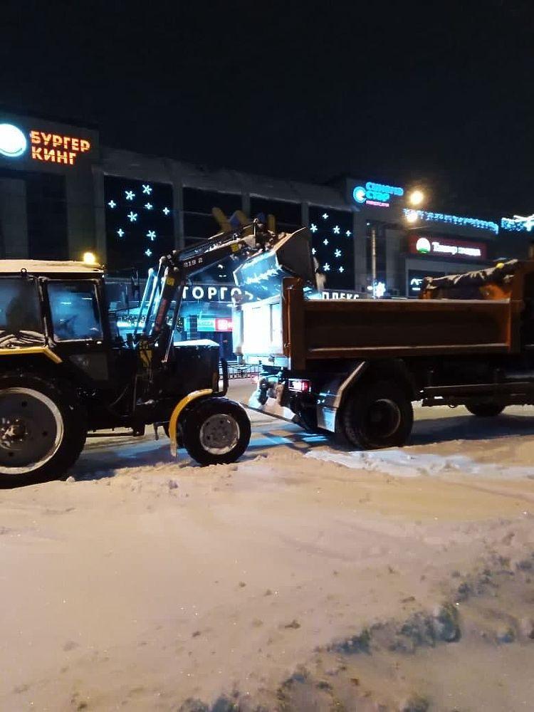 В Калуге ведут борьбу со снегом