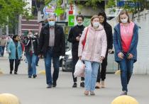 Люди, перенесшие заболевание COVID-19, с высокой вероятностью будут иметь иммунитет к коронавирусу в течение как минимум пяти месяцев, но есть доказательства того, что люди с антителами все еще могут переносить и распространять вирус