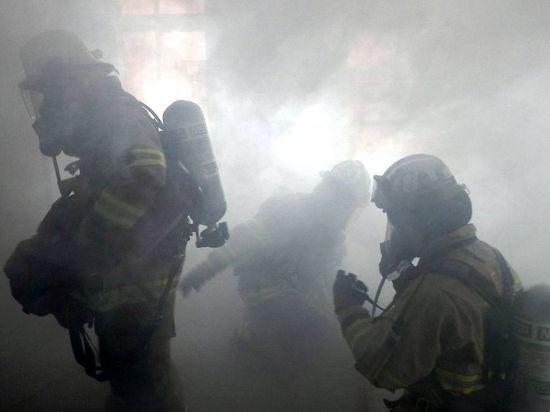 Пожилая женщина погибла на пожаре в Газ-Заводском районе
