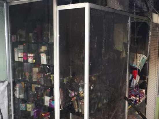 В Йошкар-Оле сгорел магазин