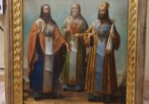 Мужчина и девушка из Удмуртии украли иконку из монастыря