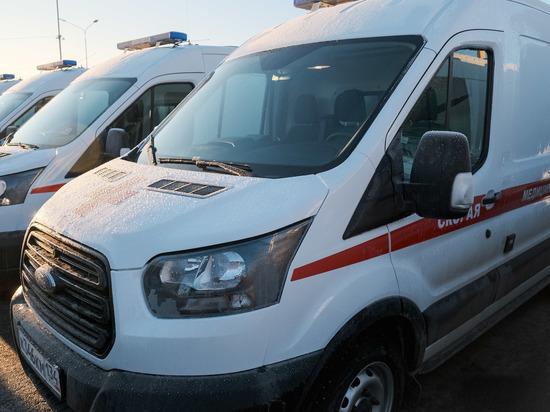 В Волгограде в аварии с участием трех машин погиб 40-летний водитель