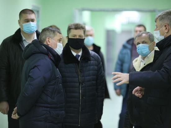 Центр амбулаторной онкологической помощи (ЦАОП) открылся в Камышине в 2019 году, он обслуживает население Камышина, а также Камышинского, Котовского, Жирновского, Руднянского и Ольховского районов