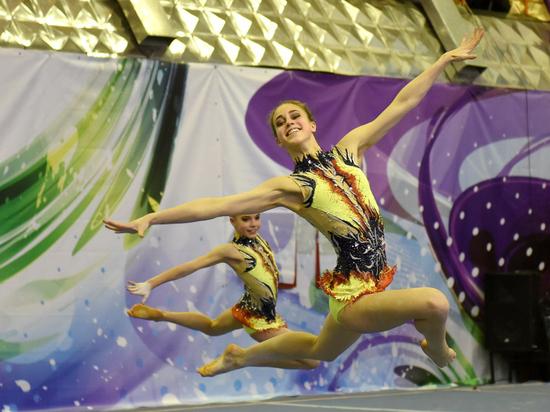 В Киров съехались сильнейшие акробаты, которых можно увидеть онлайн