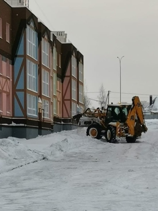 В Калуге на уборку придомовых территорий брошены свыше 700 рабочих