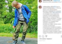 Участник шоу «Уральские пельмени», юморист Андрей Рожков, устроившийся на подработку парковщиком и заливщиком катка, снова сменил работу