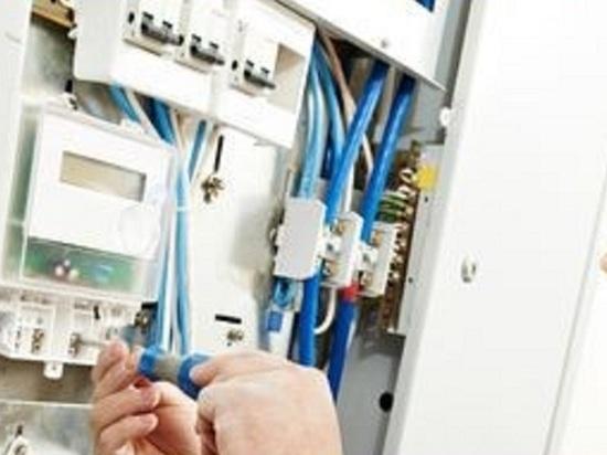 В Петербурге снова начали отключать электричество за долги