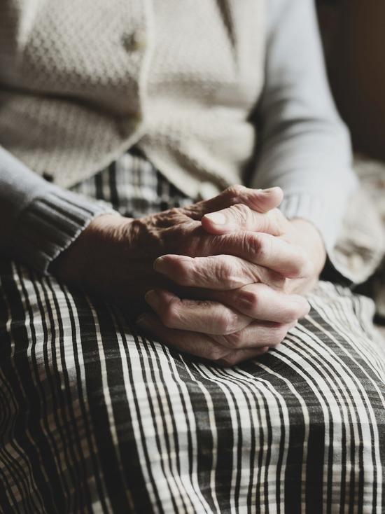 Жительница Смоленской области до смерти избила свою престарелую мать