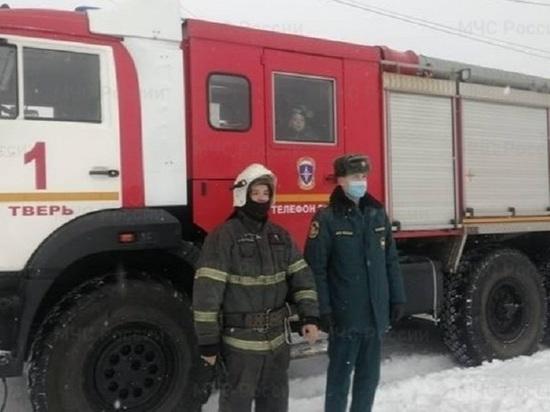 Спасатели рассказали, как доставали из колодца мальчика в Твери