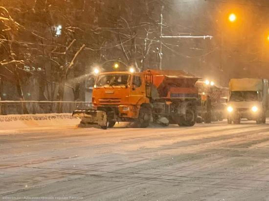 ГИБДД призвала жителей Рязани не оставлять ночью машины на дорогах